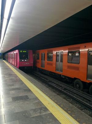 Road Story PHOTO - metro 2